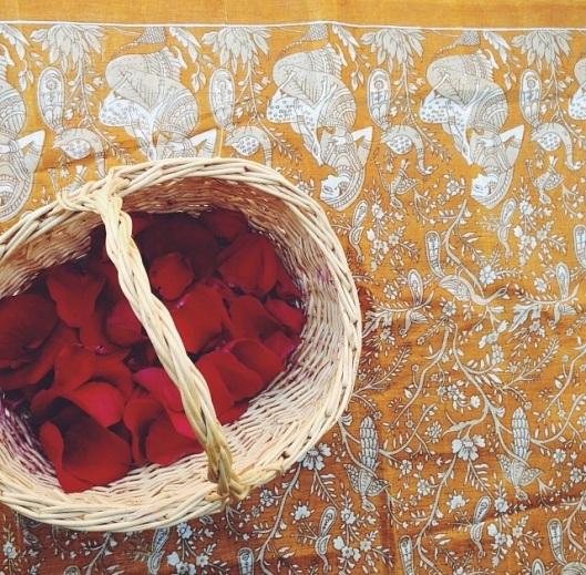 rose petal offerings